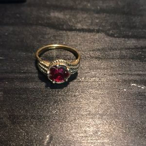 Size 8 beautiful gold plated ring